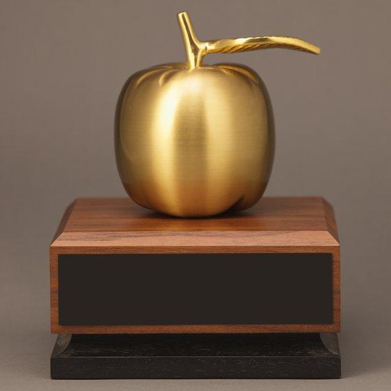 golden-teacher-apple-no-engraving