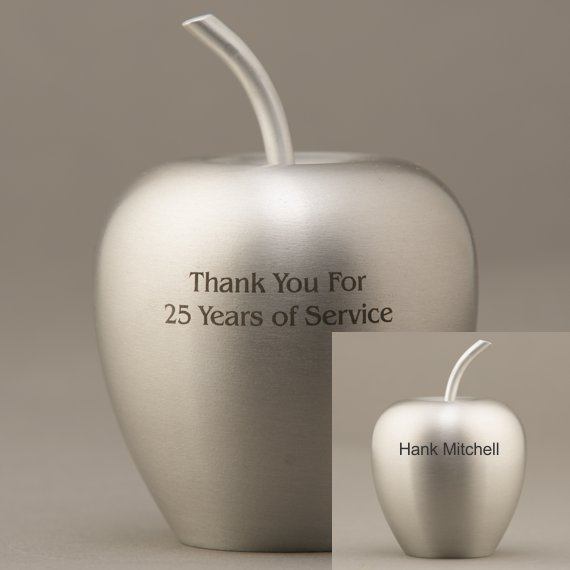 apple-paperweight-silver-aluminum-engraving