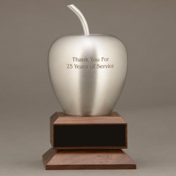 silver-teacher-apple-desk-award