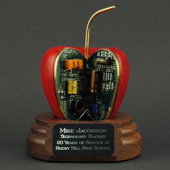 Acacia Red AppleByte with Engraving for Computer Technician Award